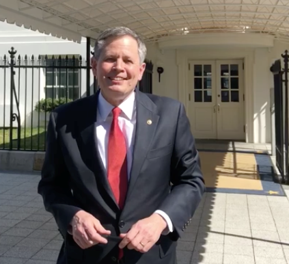 Daines Outside WH